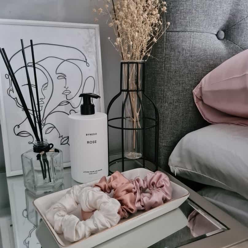 Silk Scrunchies Pink White